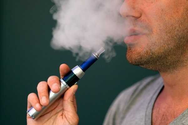 Electronic cigarettes and their associated lung health – Are they healthier?