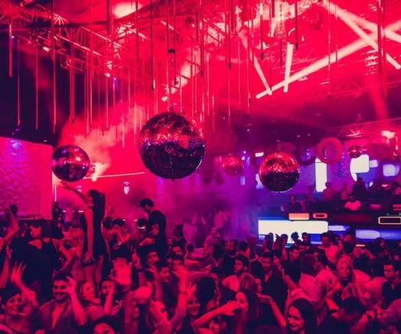How to Have a Great Time in a Nightclub as a First-Timer?