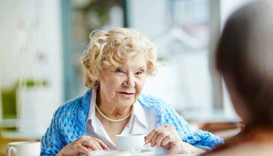 Signs that it may be time to take your elderly to an assisted living facility
