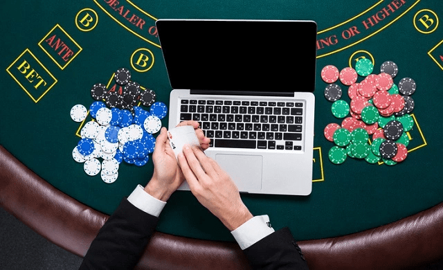 What Are The Criteria To Play An Online Poker Game?