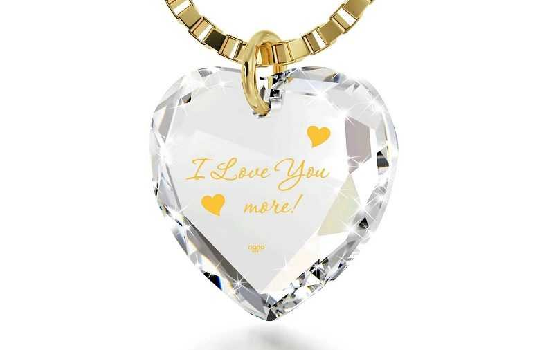 Meaningful 4th wedding anniversary gifts for her to strengthen the bond of love