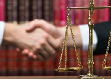 How to Choose a Criminal Defense Lawyer